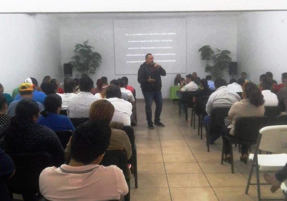 IMPARTEN CURSO DE PIROTECNIA, SU USO Y PREVENCIÓN DE ACCIDENTES