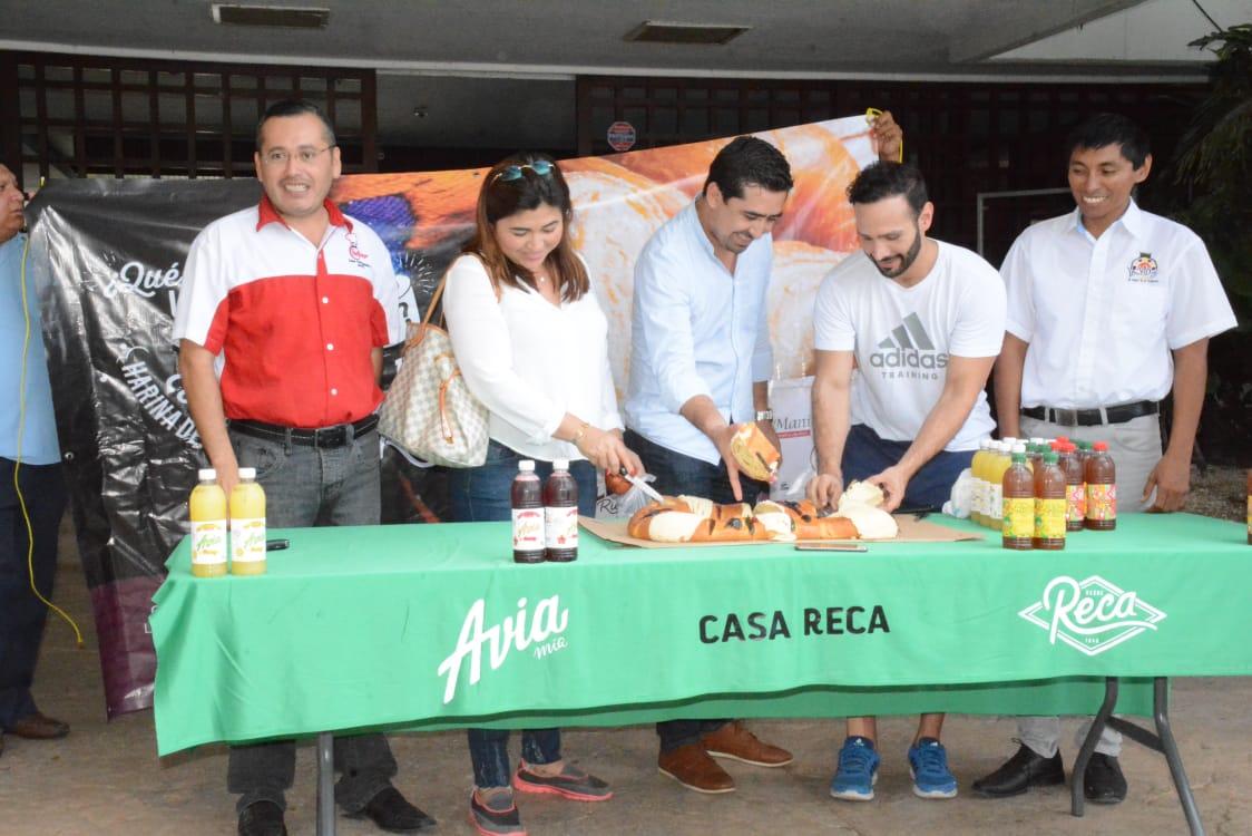 INAUGURAN PRIMERA EXPO ROSCA DE REYES 2019
